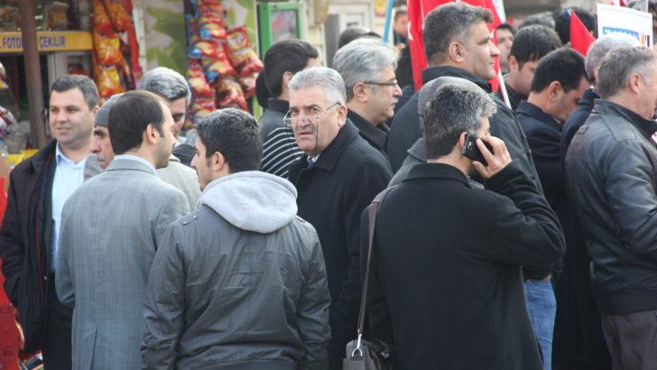 Cakır'ın yardımcısı protesto etti..