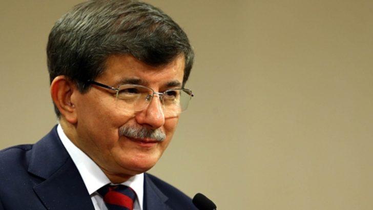 Ak Parti'de kader günü listeler Davutoğlu'nın masasında