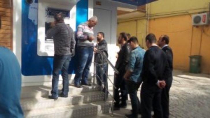 ATM'de düzenek çıktı