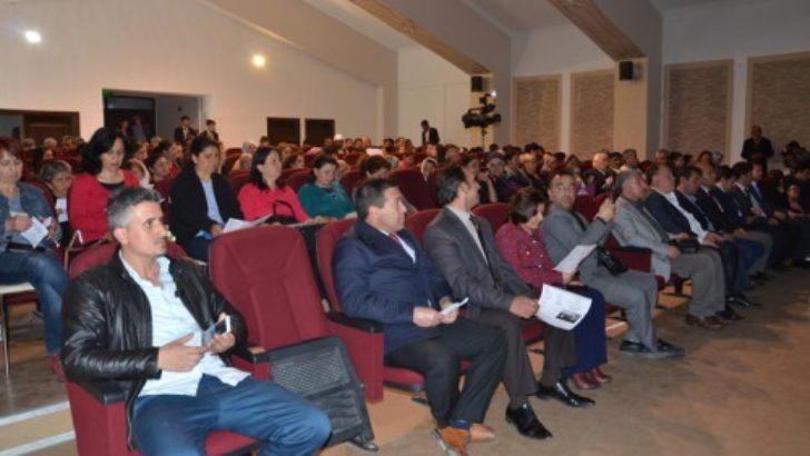 Arguvan'da THM konserine yoğun ilgi