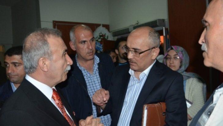 """""""Devlet içi yapılanmalar ve mücadele"""" panelinde çarpıcı iddialar"""