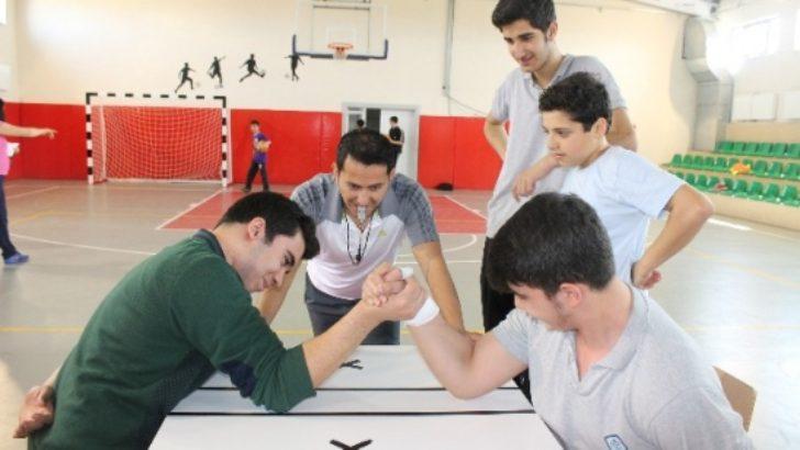 Final Okulları 1. geleneksel spor şöleni başarı ile tamamlandı