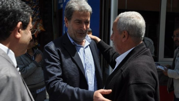 """Yaşar: """"Önümüzdeki Tümseği Aşarsak Memleketin Önü Açılır"""""""