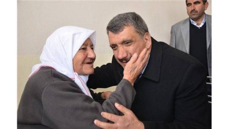 Başkan Gürkan Anneler gününü kutladı