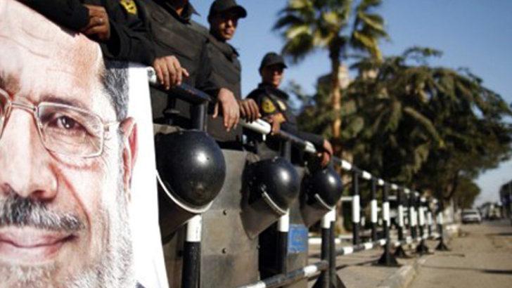 Malatya'da Mursi'ye destek mitingi