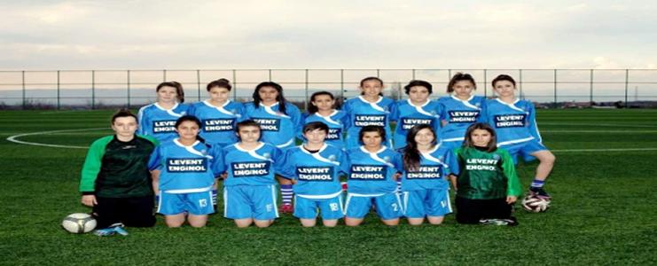 Bayan-Futbol-Takımı-Finalde