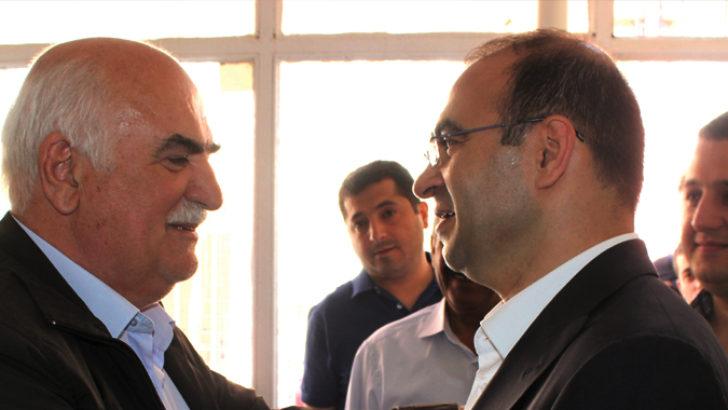 Taha Özhan'dan batı medyasına eleştiri