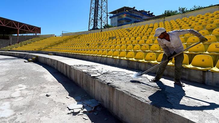 Malatya İnönü Stadı Ptt 1. Lig'e Hazırlanıyor