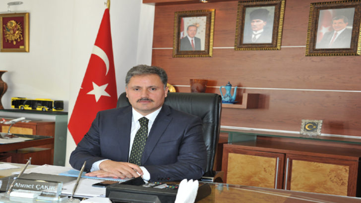 Büyükşehir Belediye Başkanı Ahmet Çakır'dan 10 Kasım Mesajı