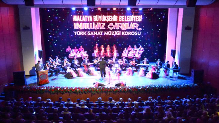 """Türk Sanat Müziği Korosu """"Unutulmaz Şarkılar"""" Konseri Verdi"""