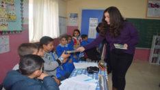 Gençlik Meclisi Suluköy İlkokulu'na Kitap Desteğinde Bulundu