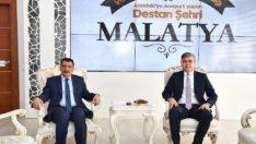 Kazakistan Büyükelçisinden Başkan Gürkan'a ziyaret