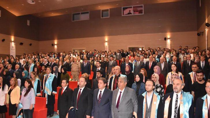 Malatya Turgut Özal Üniversitesi'nin (MTÜ) 2019-2020 akademik yılı açılış töreni yapıldı.