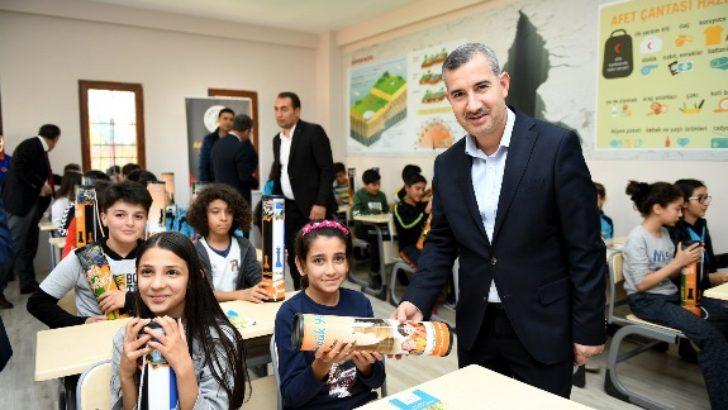 """""""Deprem Bilinci Erken Yaşlarda Aşılanmalı"""""""