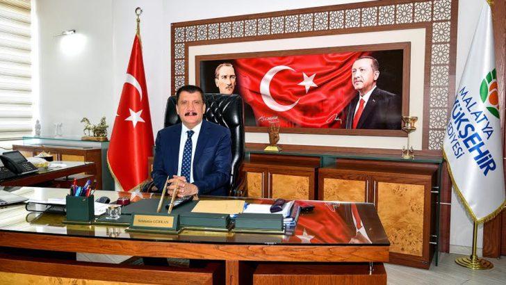Başkan Gürkan'ın Kadın Hakları Günü ile ilgili mesajı