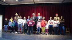 Depremi yaşayan çocuklara sanatsal destek