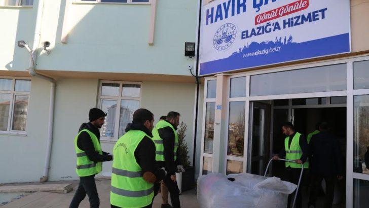 Elazığ belediyesi depremzedelerin yanında