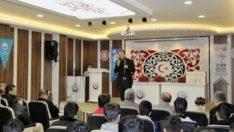 Başkan Kılınç, Lise Öğrencilerine Kitap Dağıttı