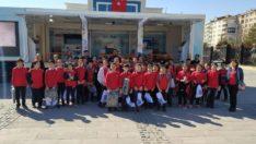 Güvenli internet tırı Elazığ'da çocuklarla buluştu