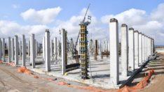 Başkan Gürkan, Kuru Kayısı Lisanslı Depoculuk ve Borsası inşaat çalışmalarını inceledi