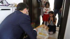 Başkan Bilgin minik Elif'in isteğini geri çevirmedi