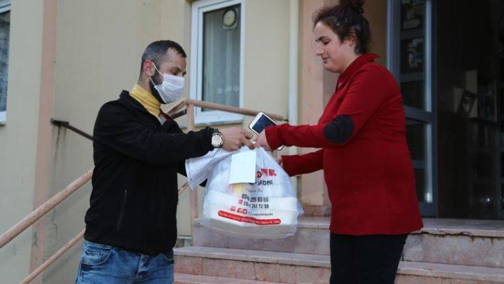 Sivas'ta iftar yemekleri evlere taşınıyor
