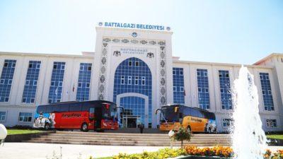 'MEDENİYETİN KALBİ BATTALGAZİ' OTOBÜSLERE GİYDİRİLDİ'