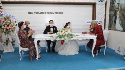 KORONAVİRÜS BATTALGAZİ'DE AŞIKLARI DURDURMADI