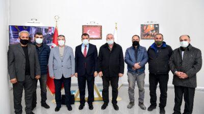 Yönetim Kurulu Üyeleri Büyükşehir Belediye Başkanı Selahattin Gürkan'ı ziyaret etti
