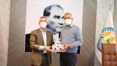 Başkan Cömertoğlu Mezitli Belediye Başkanını ziyaret etti
