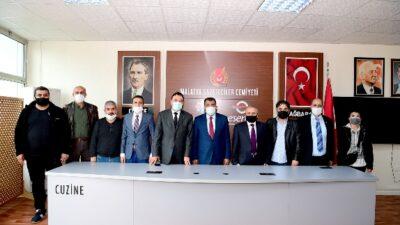 Malatya Gazeticiler Cemiyetini Ziyaret Eden Başkan Gürkan