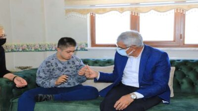 Engelli Dostu Başkan Güderden Süpriz Ziyaretler