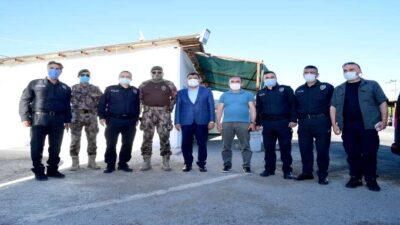 Başkan Gürkan Kontrol Noktasındaki Polislerle Bayramlaştı