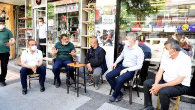 İnönü Caddesi Ve Akpınar Esnaflarını Ziyaret Eden Başkan Gürkan