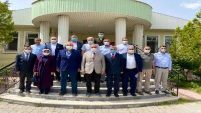 AK Parti Malatya Milletvekilleri Kâhtalı ve Çakır 2. Organize Sanayi Bölgesi Müdürü Vahap Erdem ve yönetimini ziyaret ettiler