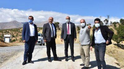 """"""" Başkan Zelyurt, """"Yaklaşık 2021 yılı için 70 km birinci kat ve ikinci kat çalışmalarımızı yaptık"""